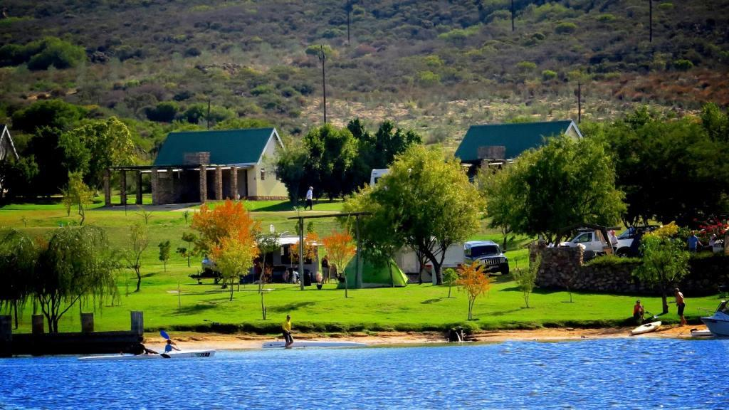 rondebergholidayresortclanwilliam00.jpg